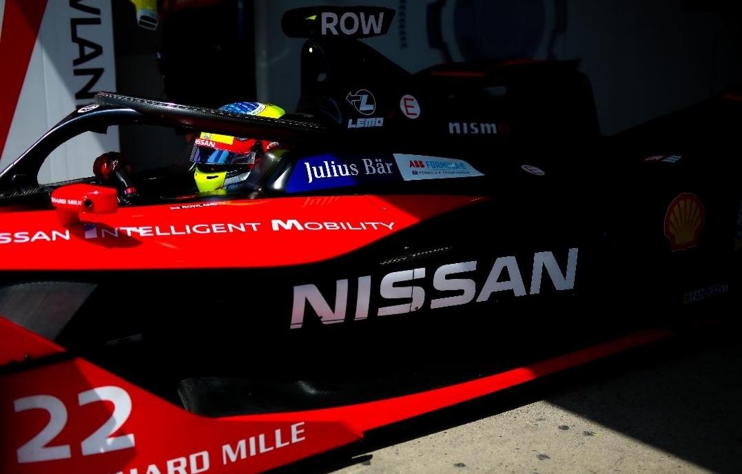 """فريق نيسان """"e.dams""""  يخطط لتحقيق نجاحات جديدة في سباقات  Formula E بمدينة سانتياجو في تشيلي"""