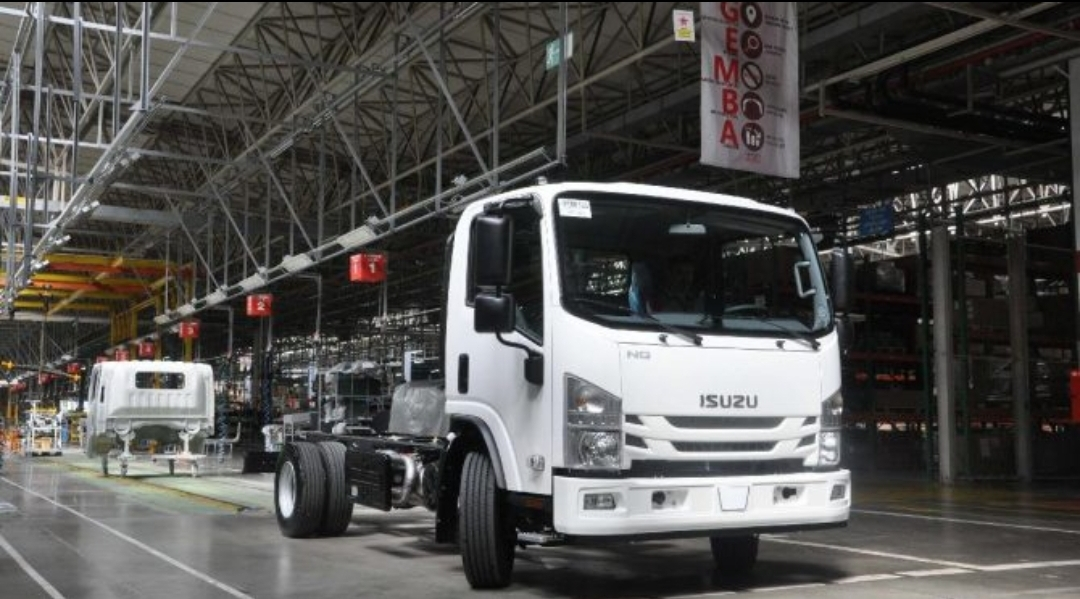 المنافس الأول بصناعة الباصات المتوسطة...زيارة لمصنع ايسوزو  اناضولو اسطنبول