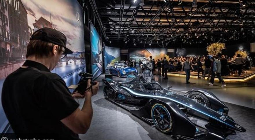بعيدًا عن كورونا: جنيف الدولي للسيارات يحتاج 17 مليون دولار