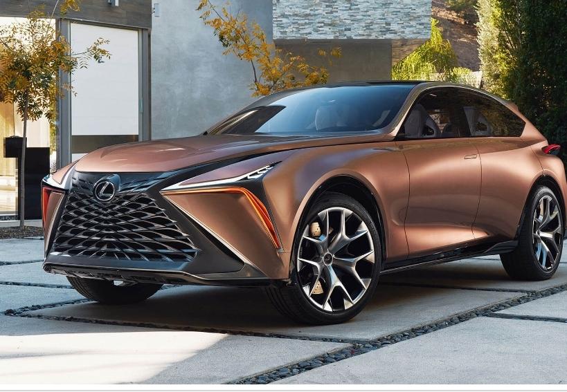 سيارة لكزس 2020