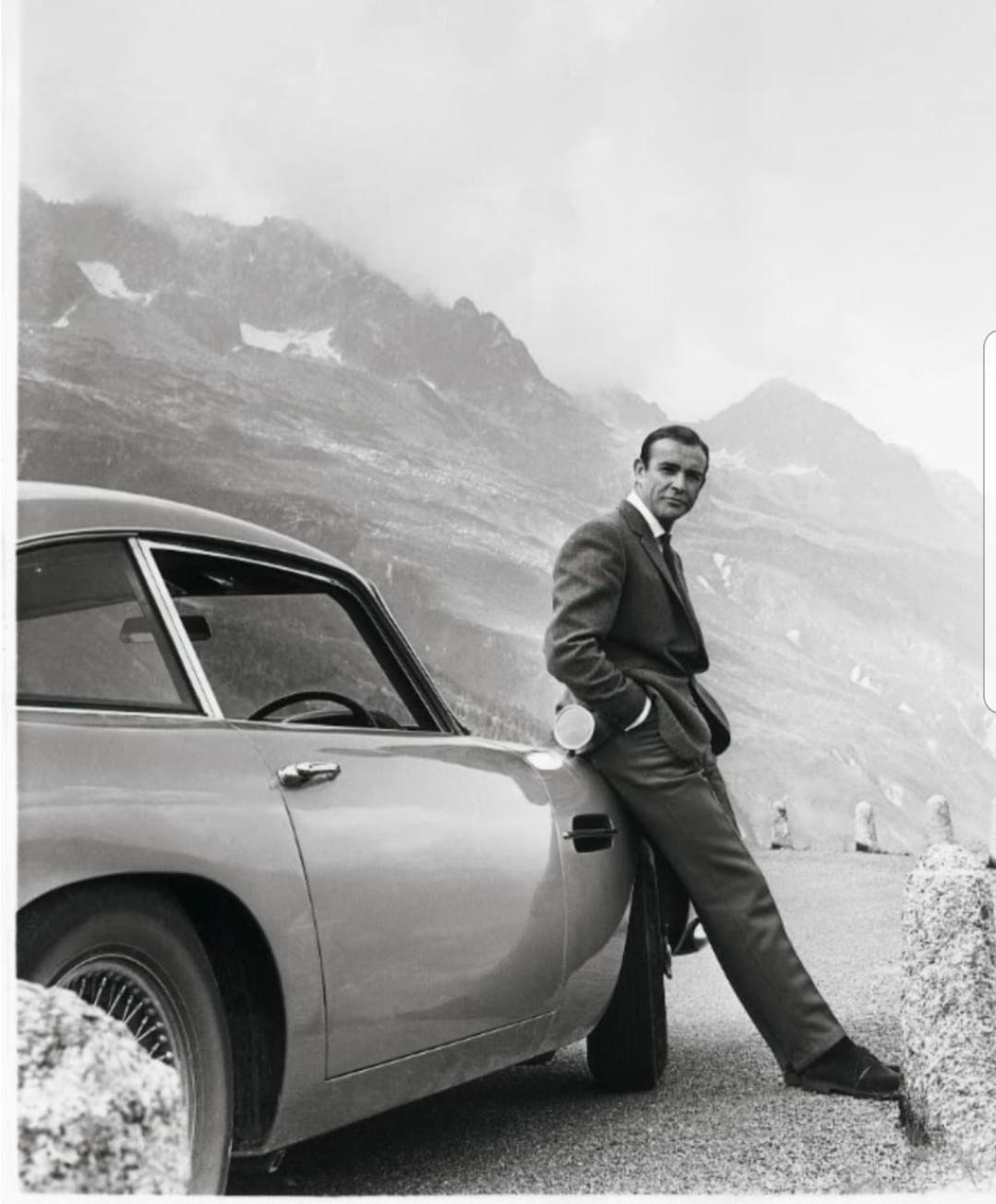 استون مارتن تضيف مميزات في عدد من سياراتها كما كان في افلام جيمس بوند